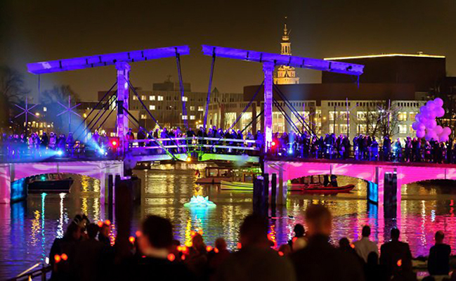Light Festival 2020.Amsterdam Light Festival 2019 2020 Water Colors Illuminade
